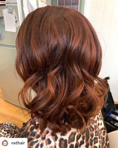 Beautiful cinnamon hair color.